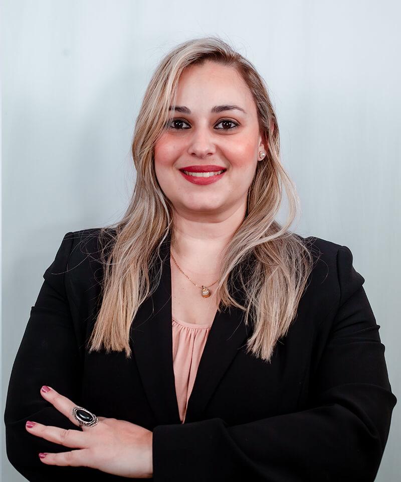 Karina de Oliveira – Administrativo